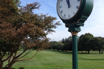 Elmhurst Country Club leads after opening round of 65th AGA Men's Coal Scuttle Championship.